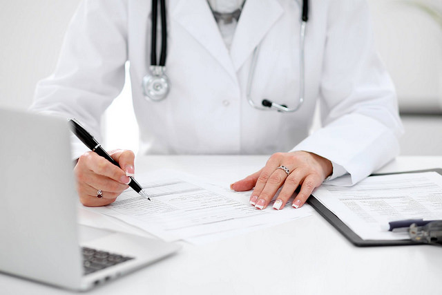 What Are the Duties of a Rheumatologist Doctor?